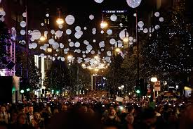 Pictures Of Christmas Lights by Sunday Switch On For Oxford Street Christmas Lights News Drapers