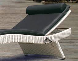 Wicker Chaise Lounge White Wicker Chaise Lounge Chaise Design