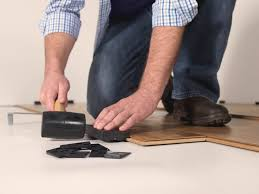 Tapping Block For Laminate Flooring Flooring 101 Uniclic Makes Installation A Snap Quick U2022step Style