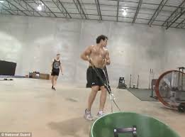 picture round up superman man of steel jack the giant killer how to get a man of steel body superman star henry cavill flexes