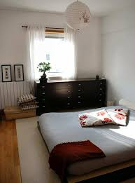 the zen bedroom apartment therapy