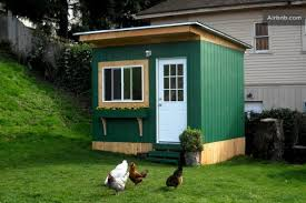 Renting A Tiny House 16 Tiny Houses Cabins And Cottages You Can Rent Or Vacation In