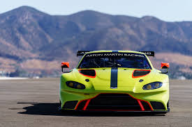 aston martin racing vintage 2018 aston martin vantage gte is even better looking than the