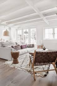 cozy home interior design 25 cozy homes with berber rugs interior designs home
