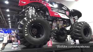 monster truck jam youtube bigfoot monster truck air suspension sema 13 youtube