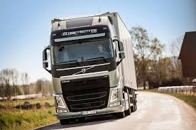 volvo 18 wheeler trucks volvo fh truck to get first heavy duty dual clutch transmission