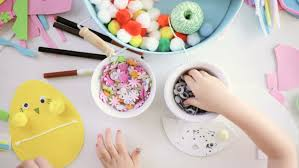 Decorating Easter Eggs Video by Step By Step Mother And Daughter Decorating Paper Easter Eggs