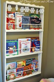 Easy To Build Bookshelf Easy Book Display Shelf All Things Heart And Home