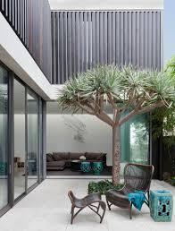 madeleine blanchfield architects design a modern house overlooking