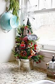 kitchen tree ideas 26 cozy kitchen décor ideas shelterness
