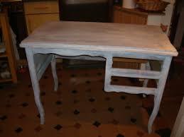 peindre un bureau bureau en bois 1ère couche peinture le de bonheur du