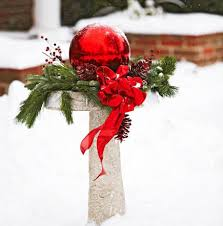 Christmas Decorations Ideas Outdoor Outdoor Holiday Decorating Ideas Midwest Living