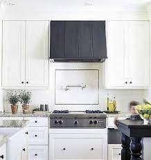 Kitchen Range Hood Ideas Best 25 Black Range Hood Ideas On Pinterest Stylish Kitchen La