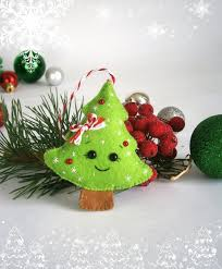 Decorate Your Own Christmas Ornament Kit by Best 25 Felt Christmas Decorations Ideas On Pinterest Christmas