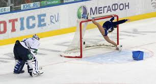 Hockey Goalie Memes - private goalie show hockey