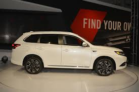 mitsubishi evolution 2018 2018 mitsubishi outlander phev goes on sale in the u s 5 years