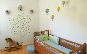 guirlande deco chambre déco chambre bébé la chambre nature et poétique de noah