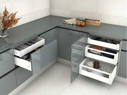 drawer box slim presentation and use of soft close drawers by