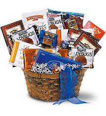 gift baskets chicago fruit and gourmet baskets delivery chicago il la salle flowers