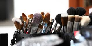 cheap makeup kits for makeup artists building your makeup artistry kit on a budget