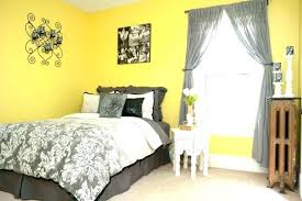 yellow and white bedroom blue yellow grey bedroom megaups me