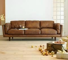 canapé cuir vieilli marron coup de canapé cuir d alinea deco trendy