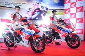 honda bikes cbr 150 honda cbr 150r gets new color scheme in indonesia news autoportal