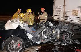 corvette crash corvette z06 owner survives horrific crash on the 405 in
