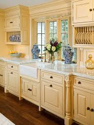 yellow kitchens antique yellow kitchen best 25 country kitchens ideas on