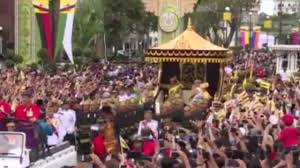 sultan hassanal bolkiah plane sultan of brunei celebrates 50 years on the throne with lavish