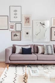 canapé style ée 50 les 25 meilleures idées de la catégorie canapé moderne sur