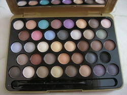 mac cosmetics s mac eyeshadow palettes make up kits rel merchants from pune