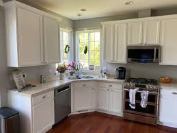 what color quartz with white cabinets need countertop help white cabinets light or quartz