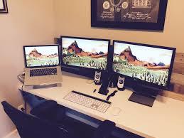 Computer Setup Room Mac Setup Triple Display Macbook Pro Workstation