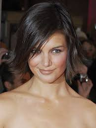 pictures of short layered hairstyles that flip out 15 short straight cuts bob cut katie holmes and bobs