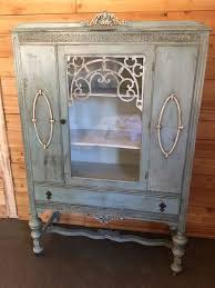 Vintage China Cabinets Best 25 Vintage China Cabinets Ideas On Pinterest Antique China