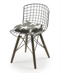 chaise design chaise design fil de fer et pieds en bois wadiga com