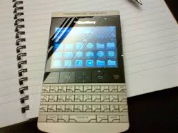porsche design blackberry blackberry porsche design p9981 pictures the tech next