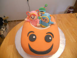 team umizoomi cake team umizoomi cake a of this and a of that