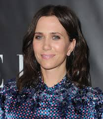 kristen wiig u0027s newest cut proves she can rock the gamut of ultra