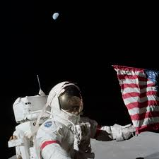 Flag On The Moon Conspiracy What The Apollo Astronauts Saw In The Lunar Sky U2013 Astro Bob