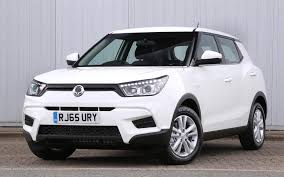 ranking the best boxy cars britain u0027s 15 best small suvs ranked cars