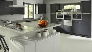 cuisine blanc et grise modele cuisine blanche modele cuisine noir et cuisine blanche