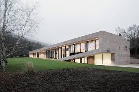 slight slope long house i o architects archdaily