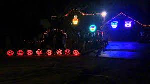 addams family halloween decorations halloween decorations 2014 adams family light show thomas