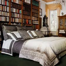 Stunning Bed Pillow Decorating Ideas Images Decorating Interior - Designing your bedroom