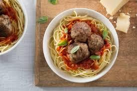 cuisiner des boulettes de viande recette de spaghetti al dente boulettes de viande à l italienne rapide