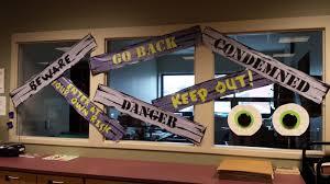Halloween Classroom Door Decorating Ideas by Halloween Door Decoration Ideas For Cool Classroom Door