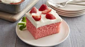 strawberry cream mug cake for two bettycrocker com