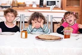 Kids Eating Table Meals Who Is Responsible For Healthy Eating